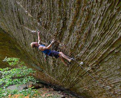 Cameron Hörst climbing with MAXIM PLATINUM