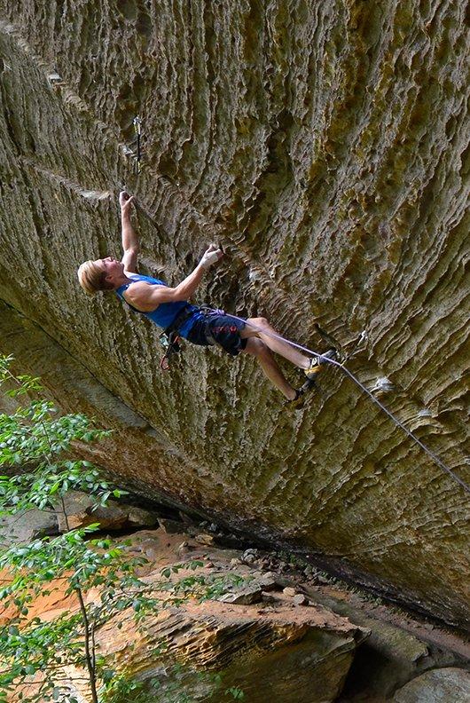 Jonathan Hörst climbing with MAXIM PLATINUM
