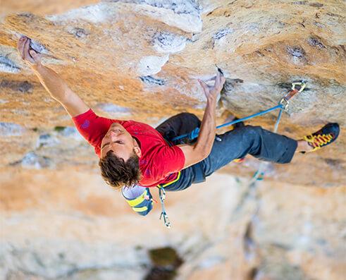 Climbing picture of MAXIM athlete Jonathan Siegrist