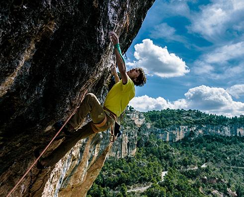 Klemen Bečan climbing La rambla 9a+, Spain